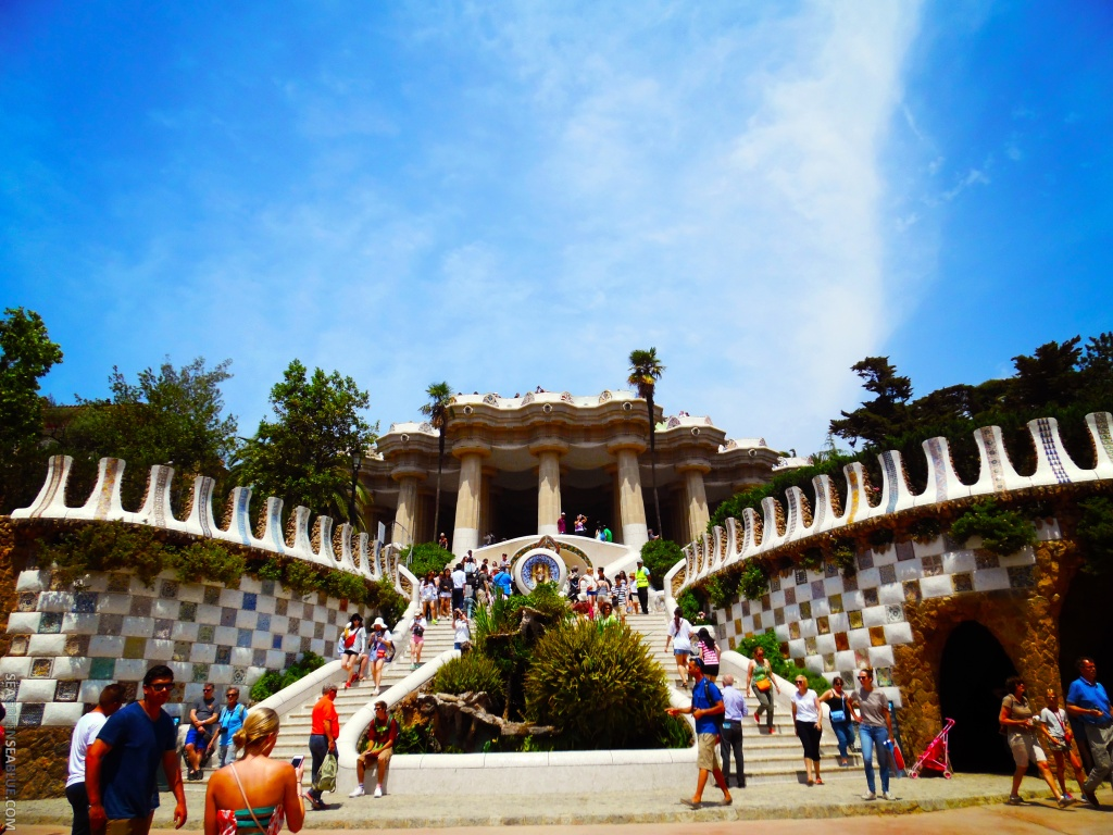 Barcelona-Park-Guell-Sea-Green-Sea-Blue